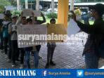 demo-mahasiswa-unmer-terkait-korupsi_20161111_174842.jpg