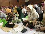 dharma-wanita-universitas-brawijaya-ub-malang-menggelar-lokakarya-membatik-ala-indonesia.jpg