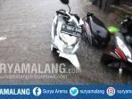 dua-motor-terendam-bajir-di-jalan-gajayana-iv-kota-malang.jpg