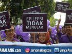 epilepsi-peringatan-purple-day-di-car-free-day-surabaya_20180408_153814.jpg