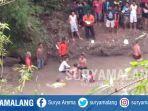 evakuasi-jenazah-pria-berinsial-wap-21-tewas-tenggelam-di-sungai-catur-kecamatan-taman-madiun.jpg