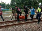 evakuasi-jenazah-risky-alias-kipli-25-di-jalan-lumumba-dalam-wonokromo-surabaya.jpg