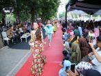 fashion-show-batik-di-banyuwangi.jpg