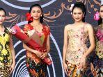 festival-batik-malang-taman-krida-budaya-model-cantik-batik.jpg