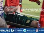 gelandang-persebaya-surabaya-robertino-pugliara-cedera-saat-menghadapi-borneo-fc_20181015_133051.jpg