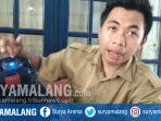 helm-charge-handphone-dari-lamongan_20181024_085928.jpg