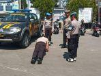 hukuman-bagi-polisi-yang-melawan-arus-lalu-lintas-di-bojonegoro.jpg