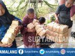 ibu-ibu-desa-ngajum-kecamatan-ngajum-kabupaten-malang-sedang-memproduksi-besek_20181021_124657.jpg