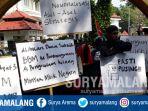 ikatan-mahasiswa-muhammadiyah-imm-malang-raya-demo-kenaikan-harga-bbm_20180710_113121.jpg