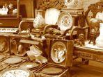 ilustrasi-barang-antik-berita-penemuan-benda-pusaka-mirip-kerajaan-di-lumajang.jpg