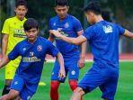 ilustrasi-pemain-arema-fc-jelang-pertandingan-perdana-di-liga-1-2021.jpg