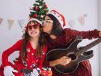 ilustrasi-perayaan-natal-dengan-musik-dan-lagu-lagu-tempo-dulu.jpg