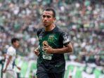 irfan-jaya-sepakat-bertahan-di-persebaya-surabaya-dalam-bursa-transfer-liga-1-2019.jpg