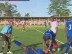 ismael-mrisho-khalfan-pesepak-bola-afrika-yang-meninggal-dunia-setelah-mencetak-gol_20161207_164318.jpg