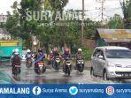 jalan-kebonagung-pakisaji-kabupaten-malang-digenangi-air_20180807_140624.jpg