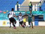 jatim-vs-kaltim-babak-enam-besar-pon-xx-papua-2021-di-stadion-barnabas-youwe-jayapura.jpg