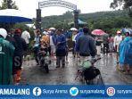 jembatan-penghubung-ambruk-di-desa-gading-kulon-kecamatan-dau-kabupaten-malang.jpg