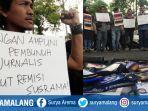 jurnalis-malang-raya-demo-pemberian-grasi-presiden-kepada-pembunuhan-jurnalis-prabangsa.jpg
