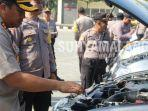 kapolres-sampang-akbp-didit-bambang-wibowo-mengecek-kendaraan-pengamanan-pilkades-2019.jpg