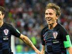 kapten-kroasia-luka-modric-merayakan-golnya-ke-gawang-argentina_20180622_032208.jpg