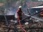kebakaran-4-rumah-bojonegoro.jpg