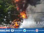kebakaran-gudang-tempat-penyimpanan-bahan-kimia-di-jalan-raya-taman-sidoarjo_20180628_140200.jpg