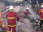 kebakaran-menghanguskan-dua-rumah-di-desa-sroyo-kecamatan-kanor-bojonegoro.jpg