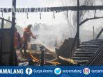 kebakaran-menghanguskan-kios-di-pasar-bendul-merisi-surabaya-sabtu-16112019.jpg
