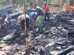 kebakaran-rumah-milik-gunawan-35-di-desa-sitirejo-kecamatan-wagir-kabupaten-malang.jpg