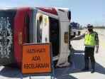 kecelakaan-bus-sudiro-tungga-jaya-jalan-tol-pemalang.jpg