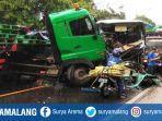kecelakaan-bus-vs-truk-trailer.jpg