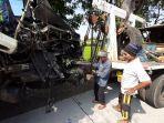 kecelakaan-maut-di-jalur-probolinggo-banyuwangi-truk-vs-bus-2-orang-tewas.jpg