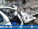kecelakaan-maut-menewaskan-7-orang-di-pasuruan-minggu-22122019.jpg
