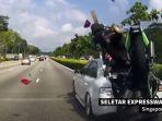 kecelakaan-motor-yang-melibatkan-pengendara-asal-malaysia-di-singapura_20170802_155645.jpg