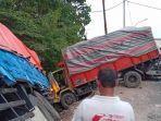 kecelakaan-truk-tronton-di-gresik.jpg