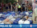 kekeringan-pengiriman-bantuan-air-bersih-di-dusun-puripan-desa-bedingin-sugio-lamongan_20180816_195553.jpg