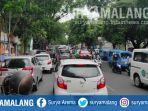 kemacetan-di-kota-malang-sabtu-5122020.jpg