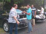 kendaraan-yang-disewa-raja-arab-saudi-salman-selama-di-bali_20170303_001347.jpg