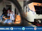 kereta-api-relasi-sidoarjo-surabaya-gresik-3.jpg