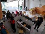 komplotan-pencuri-menggondol-ponsel-milik-karyawan-restoran-di-jalan-kebayoran-lama-jakarta.jpg