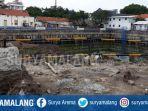 kondisi-lubang-galian-proyek-basement-pembangunan-rumah-sakit-di-sisi-barat-jalan-raya-gubeng.jpg