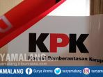kpk-segel-ruang-pemkot-pasuruan_20181004_104515.jpg
