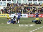 laga-barito-putera-vs-arema-fc-di-stadion-17-mei-banjarmasin-rabu-1172018_20180712_145039.jpg