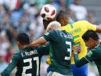 laga-brasil-vs-meksiko-dalam-babak-16-besar-piala-dunia-2018-senin-272018-malam_20180702_224231.jpg