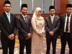 lima-anggota-komisioner-kpu-batu-seusai-dilantik.jpg