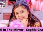 lirik-lagu-i-wake-up-every-day-like-hello-beautiful-sophia-grace-girl-in-the-mirror.jpg