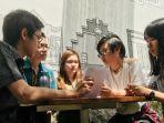 mahasiswa-uk-petra-surabaya.jpg