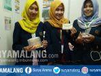 mahasiswi-teknologi-pertanian-ftp-universitas-brawijaya-ub-membuat-bioplastik-dari-kulit-pisang_20170820_165752.jpg