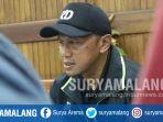 mantan-pelatih-arema-rahmad-darmawan-saat-berada-di-itn-malang-kampus-2_20171118_130130.jpg