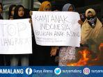 massa-aksi-dari-himpunan-mahasiswa-islam-hmi-cabang-malang.jpg<pf>hmi-malang-kasus-korupsi-di-malang-raya-dan-kasus-blbi.jpg<pf>massa-aksi-dari-himpunan-mahasiswa-islam-hmi-cabang-malang-membakar-ban.jpg
